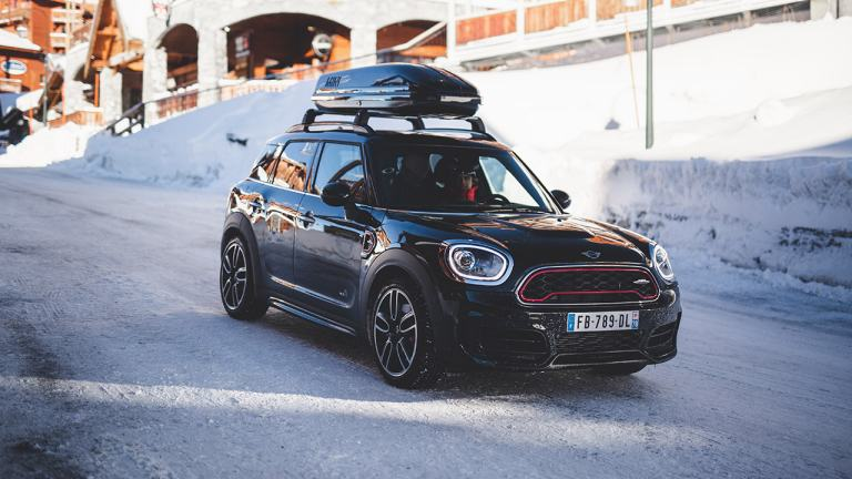 MINI Countryman ALL4 sur la neige